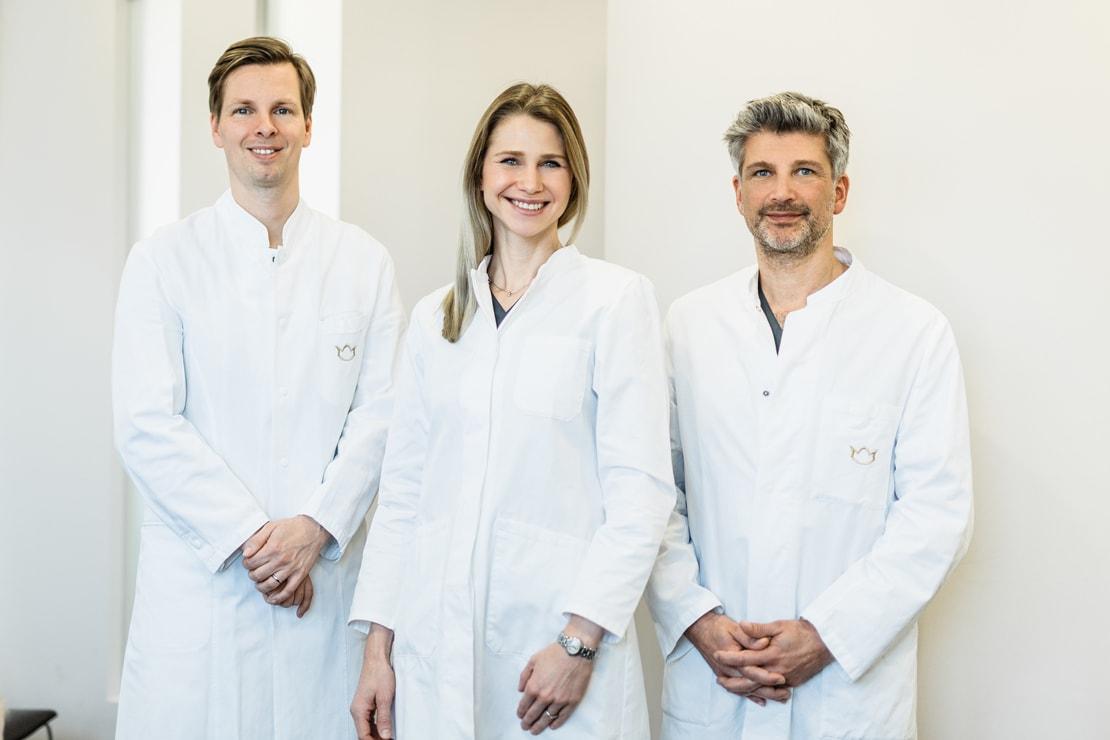 Bild der drei Ärzte der Schlosspraxis Brühl