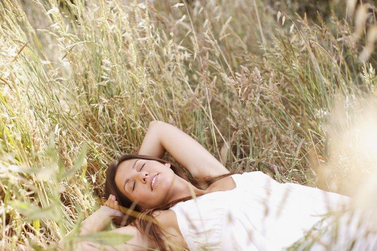 Bild einer Frau zur Darstellung von Brustbehandlungen