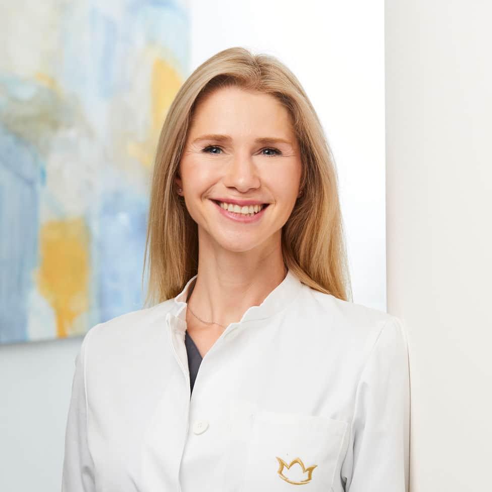 Simone Rossbach, Ärztin für nicht-operative ästhetische Behandlungen und Lasermedizin